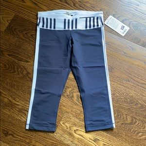 NWT Lululemon Proceed with Speed Crop